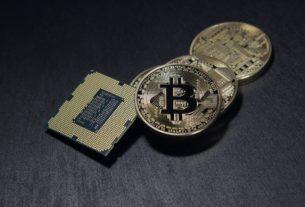 Co wpływa na cenę bitcoin?